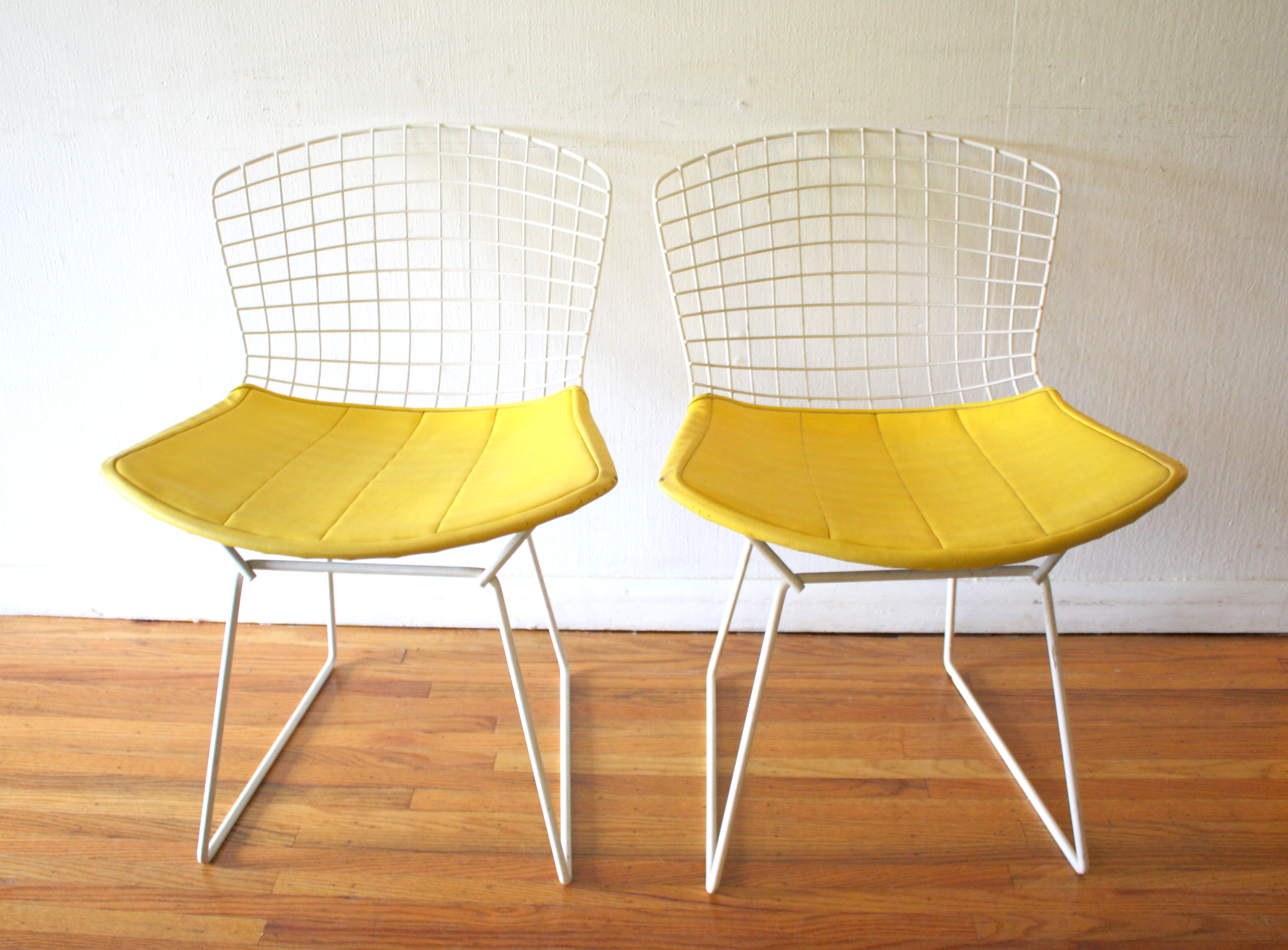 Bertoia Chairs Mid Century Modern Pair Of Bertoia Chairs Picked Vintage
