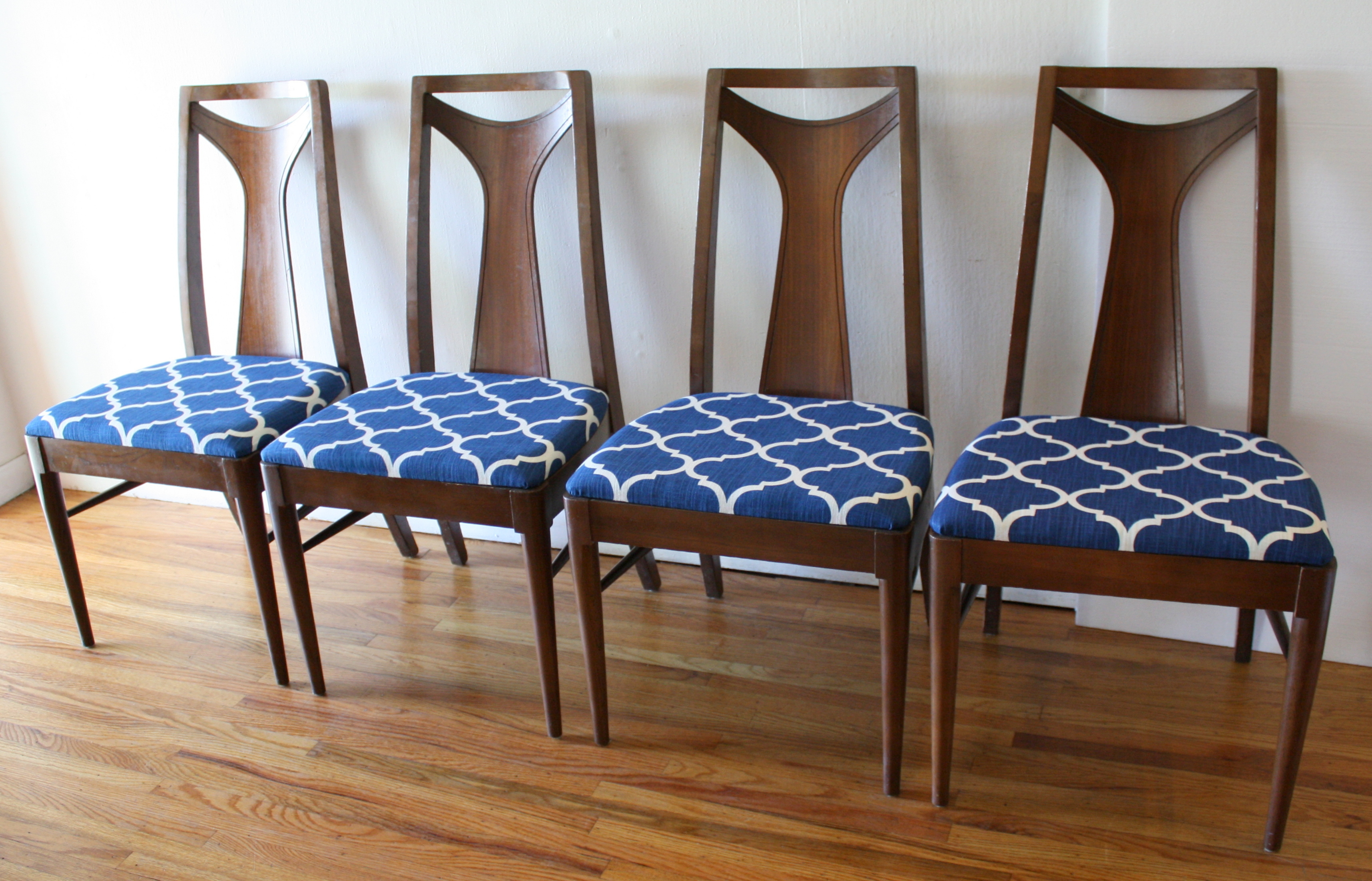 blue and white dining chairs x rocker video game chair mid century modern sets picked vintage