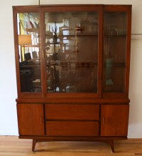 mid century modern china cabinet hutch 4 | Picked Vintage