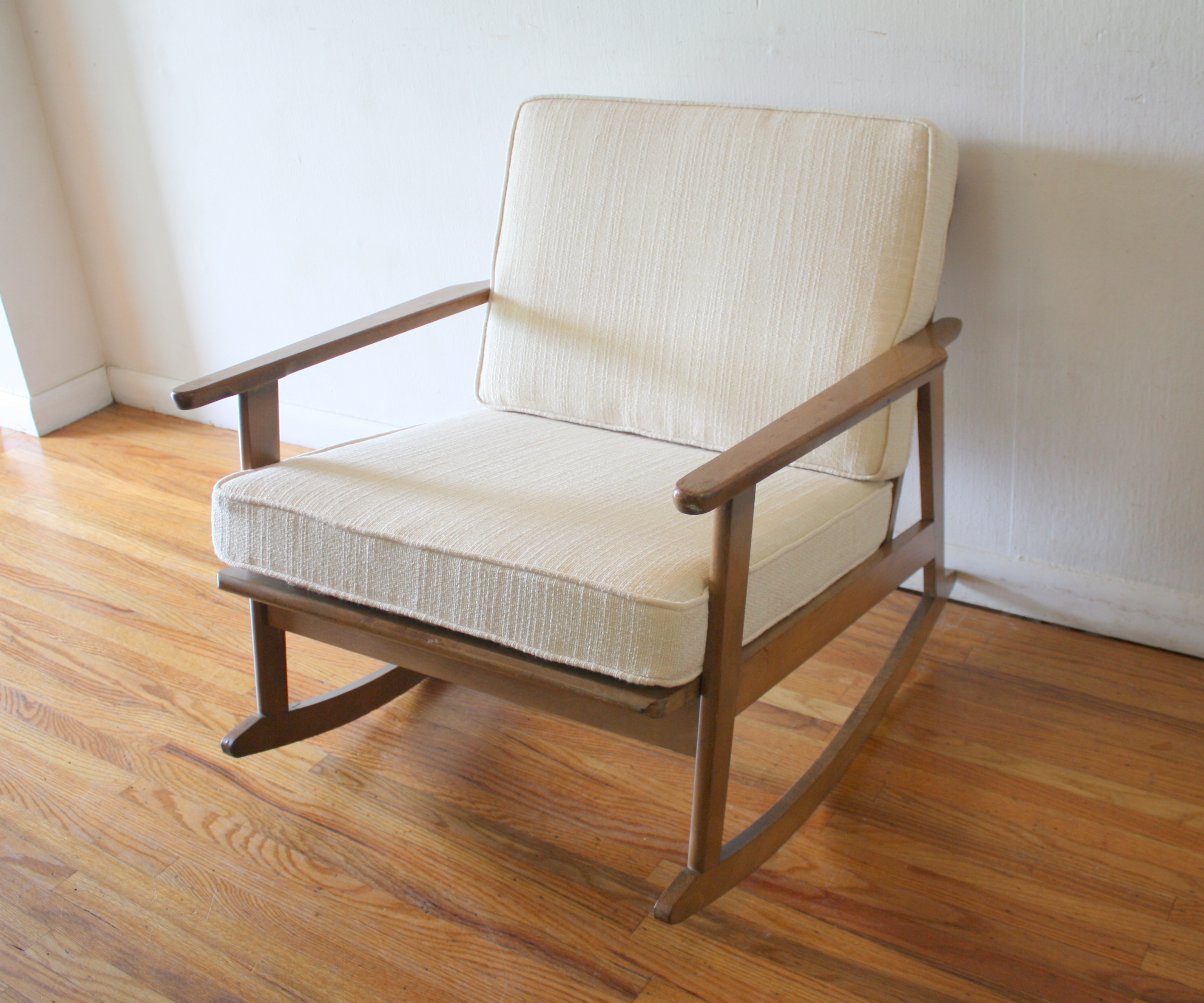 Modern Rocker Chair Simple Modern Rocking Chairs Gliders And