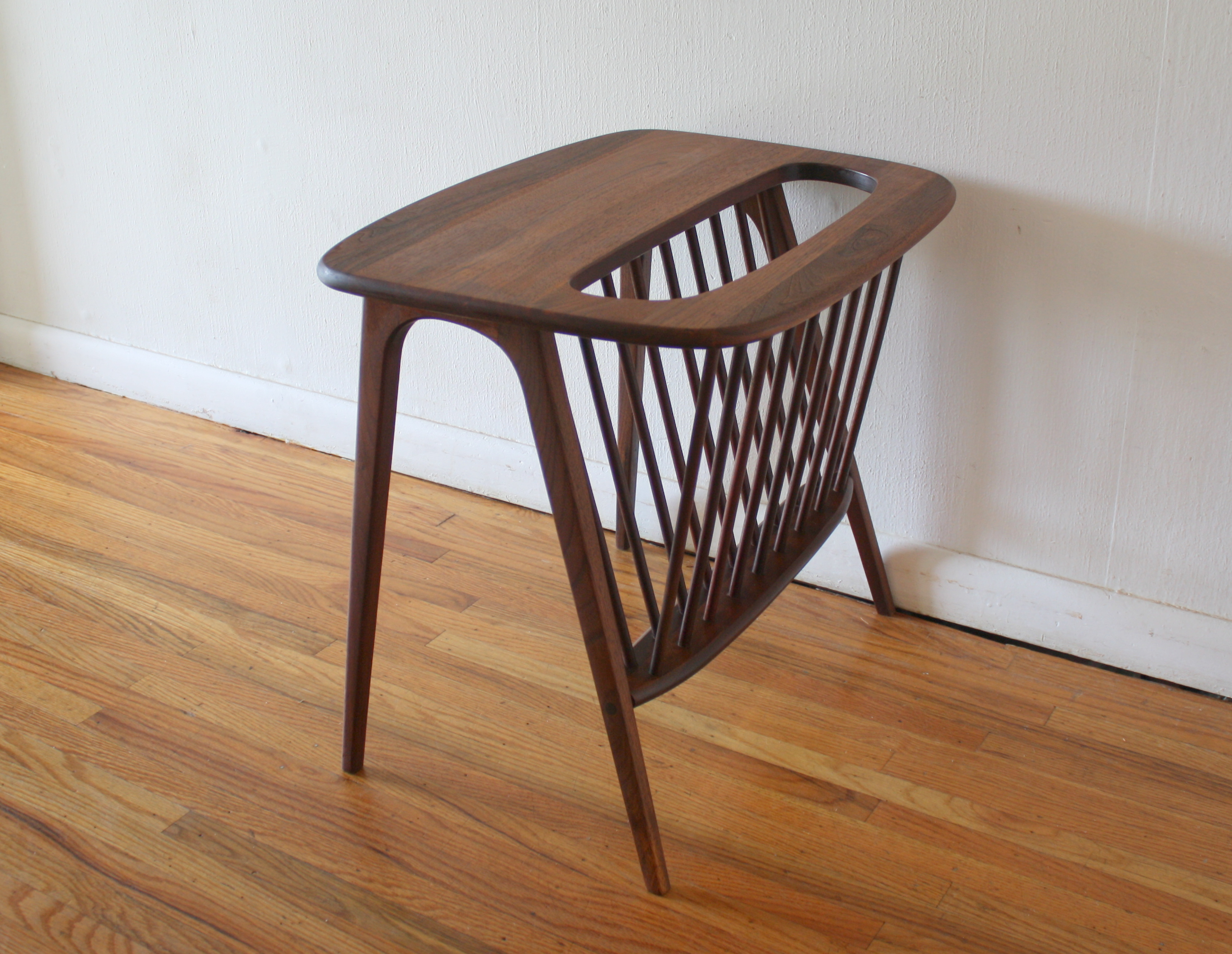 Mid Century Modern Side End Table with Magazine Rack by