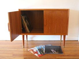 danish-teak-record-cabinet-3