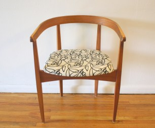 Heywood Wakefield curved back chair 1