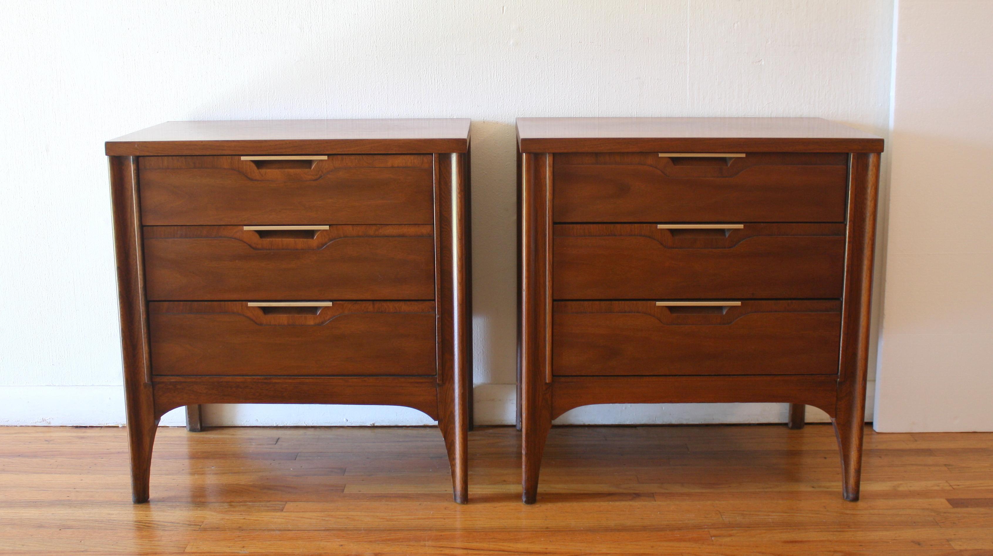 Mid Century Modern Kent Coffey Tableau Low Dresser