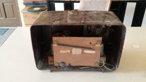 GE-TUBE-RADIO-BACK