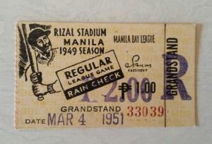 Vintage-Baseball-memorabilia-4