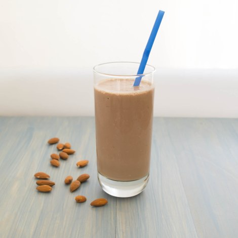 Chocolate Almond Yogurt Smoothie