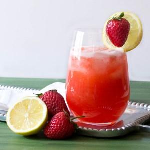 Fresh Strawberry Lemonade | Pick Fresh Foods