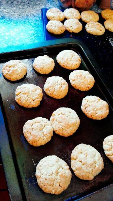 corries biscuits1