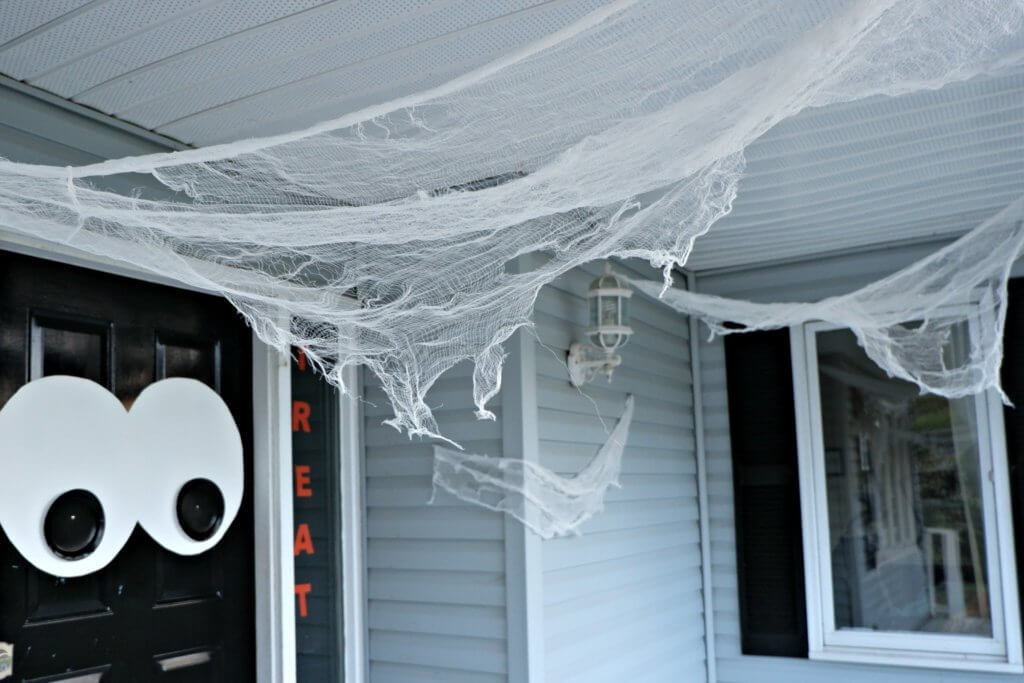 By julie daniels our website, archdiges. Quick And Easy Halloween Decorating Ideas Pickle Planet Moncton