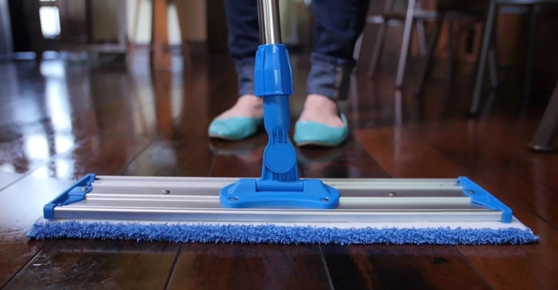 Micro-fiber mops
