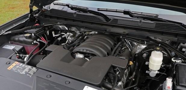 2022 Chevrolet Cheyenne engine