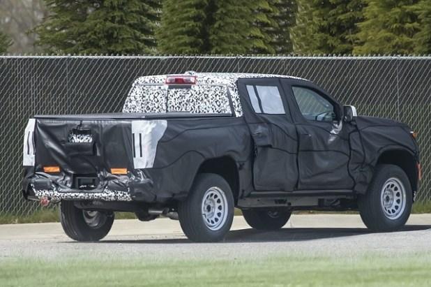 2023 Chevrolet Colorado rear
