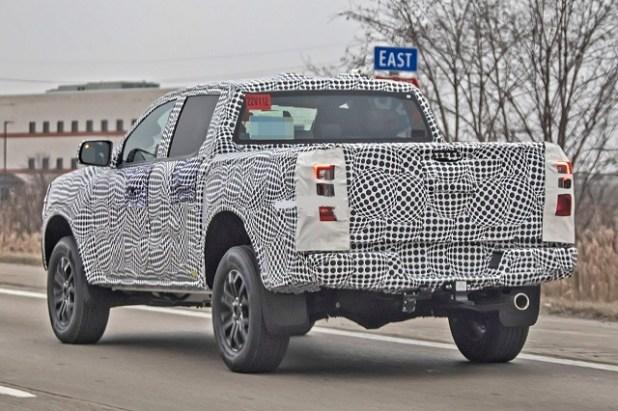 2023 Ford Ranger Raptor rear