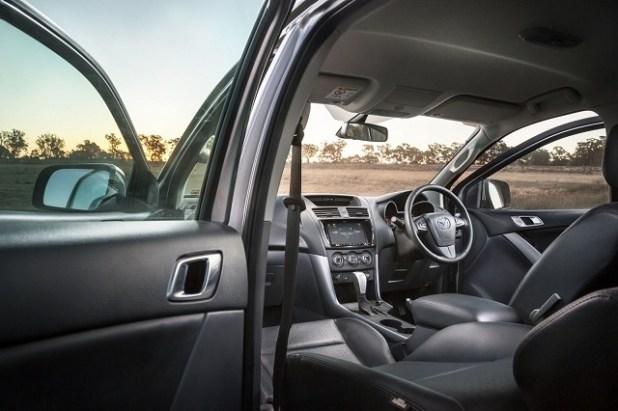 2022 Mazda B-Series Truck interior