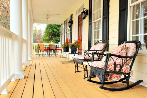 Is your porch in need of a little upgrade? We have the best DIY porch projects for you to try out! See how you can add these projects to your own porch.
