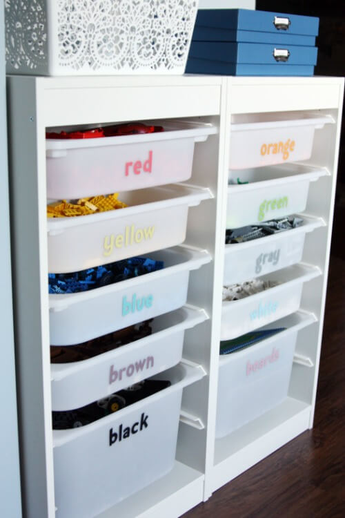 Organization, Home Organization, How to Organize Toys, Toy Clutter, How to Organize Toy Clutter, Clutter Free Living, Kid Stuff, How to Organize Kid Stuff, Cleaning, Cleaning Tips and Tricks