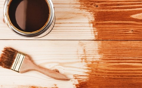The Simple Way to Stain Wood| How to Stain Wood, Staining Wood, Tips and Tricks for Staining Wood, Staining Furniture, How to Stain Furniture, Painting Hacks, How to Paint Furniture, Easy Ways to Paint Furniture, Popular Pin