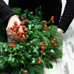 How to Make Your Own Christmas Wreath  DIY Christmas, Christmas Wreath, Christmas Wreath Craft Projects, DIY Craft Projects, Christmas Craft Projects, Holiday Crafts #DIYChristmas #ChristmasWreaths #DIYChristmasWreath #ChristmasWreathCrafts #HolidayHome