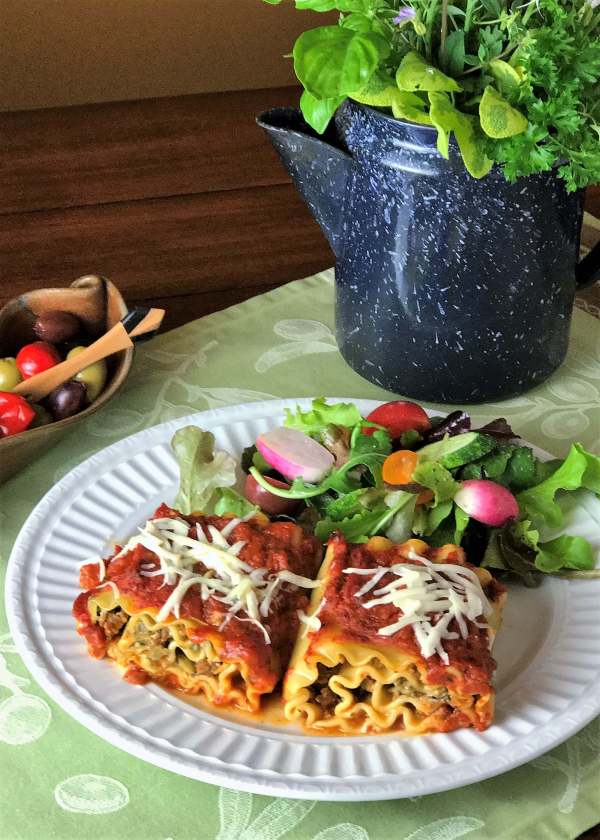 Lasagna Rollups with Pesto, Spinach and Artichokes