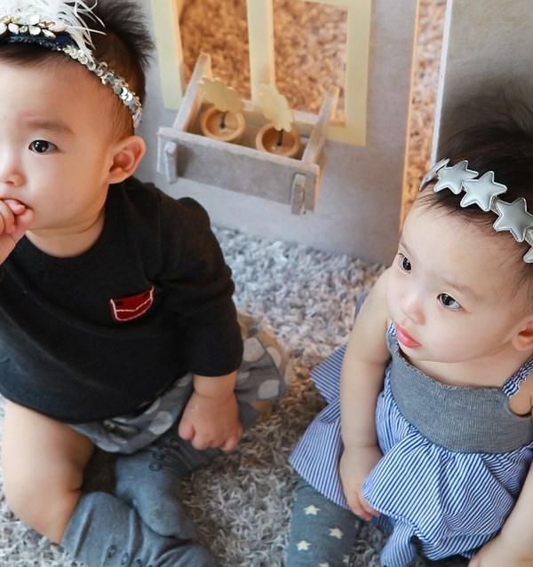 twins crib