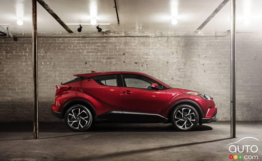 Le petit Toyota CHR 2018 expos  Los Angeles voit grand  Actualits automobile  Auto123