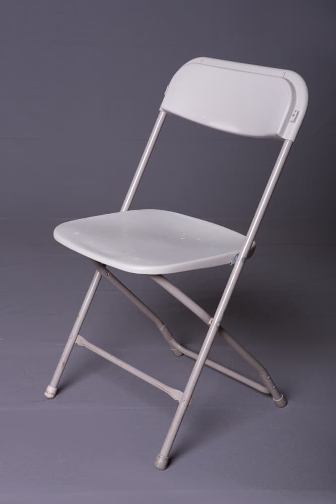 Off-White Samsonite Plastic Folding Chair