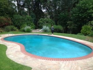 oval-pool-cover-rentals-in-los-angeles