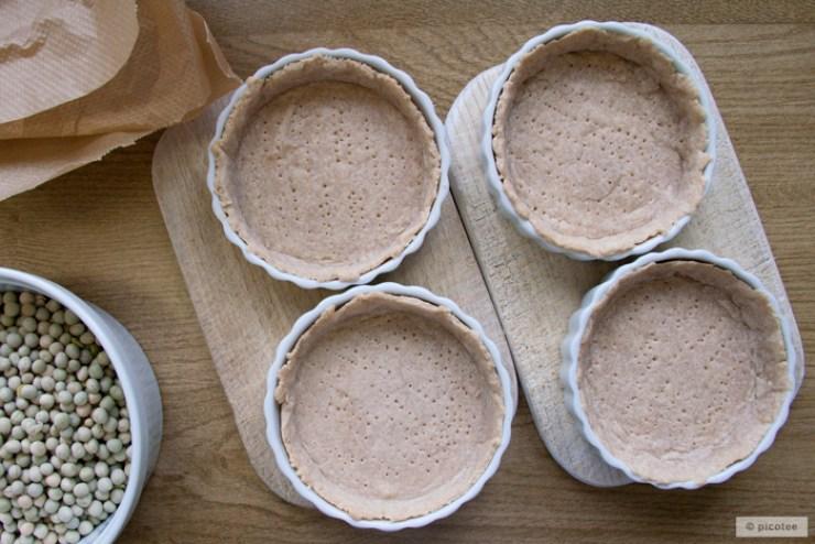picotee / Stachelbeerkuchen mit Mürbeteig aus Dinkelmehl und Streuseln - der Teig