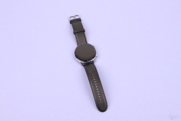 Amazfit GTR 2: stainless steel meets leather
