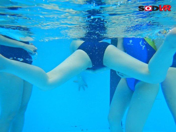 【VR】プールの時間VR大増量100分13名SP のサンプル画像 6枚目
