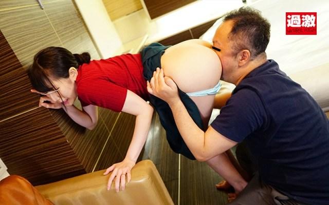 産後処女を奪われ一度イッたら長時間アクメで痙攣が止まらないイキッぱなしベビーカー妻618