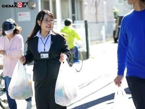 SOD女子社員アシスタントプロデューサー入社2年目荻野ちひろ(24)… のサンプル画像 5枚目
