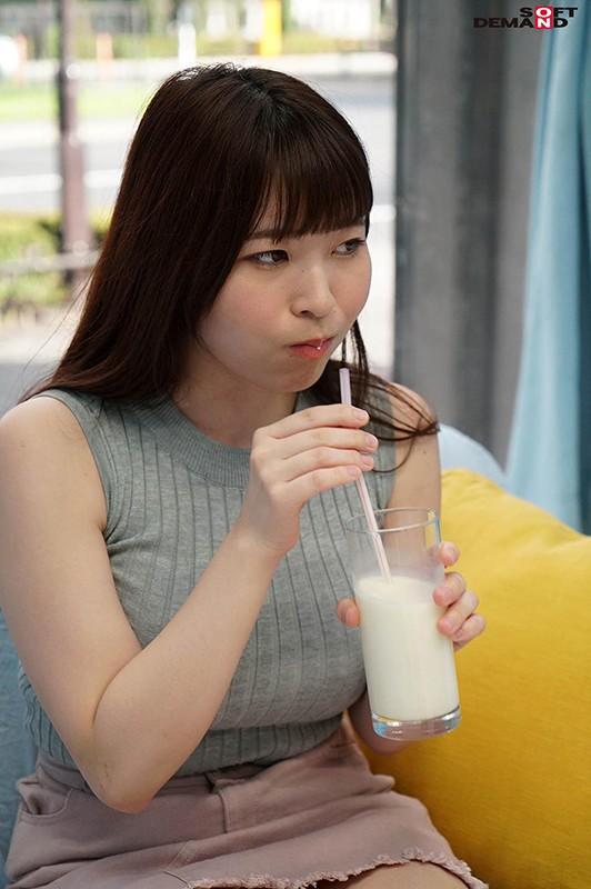 マジックミラー号 ミニスカートが似合う現役女子大生に「牛乳を口に含んだ状態で10分間くすぐりにガマンできたら100万円!」と声をかけ凄テクAV男優の妙技でHにいじくりたおしました!7