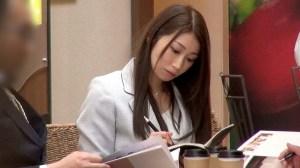 秘書in...(脅迫スイートルーム)佐伯由美香 のサンプル画像 1枚目