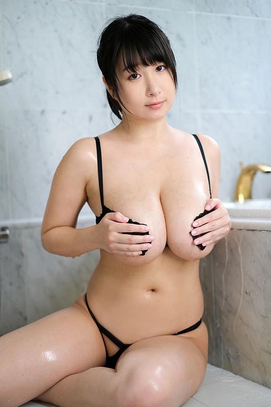 二人っきりの南国生活 桐山瑠衣