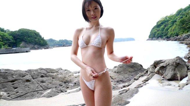 淡く真っ白に 佐野水柚