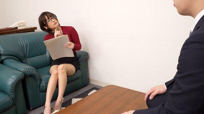 吉良りん×メガネ女子 さまざまなシチュエーションで魅せるエロメガネ着用SEX!メガネの奥はいつもよりイヤらしいメスの顔!