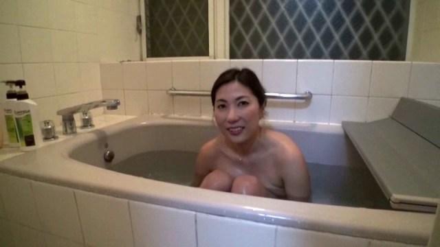 h 283pch00019jp 15 - ロケの合間に素の女優さんのオシッコ映像をじっくり撮影 2