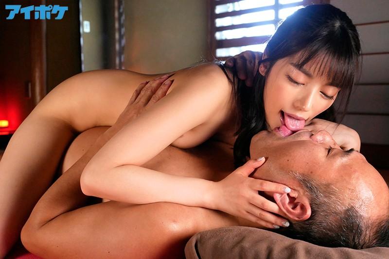 楓カレン ピュア美少女と交わすヨダレだらだらツバだくだく濃厚な接吻とセックスサンプルイメージ1枚目