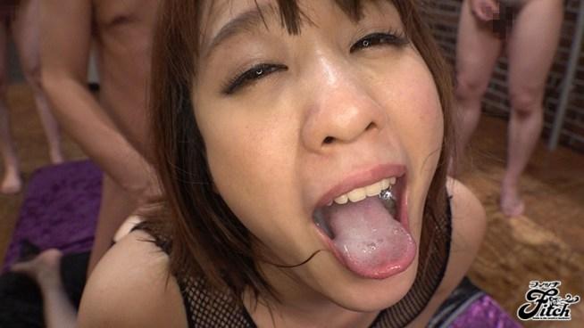 梨々花のマゾ舌10