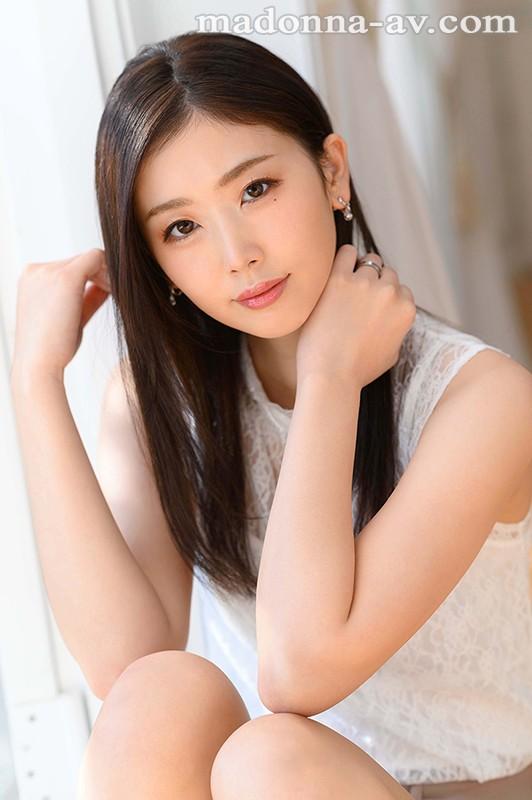 美しすぎて、目を合わせられない―。小松杏30歳AVDEBUTミステリアス… のサンプル画像 1枚目