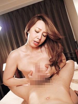 S級美熟女ベスト風間ゆみ4時間豊満巨尻マドンナ のサンプル画像 13枚目