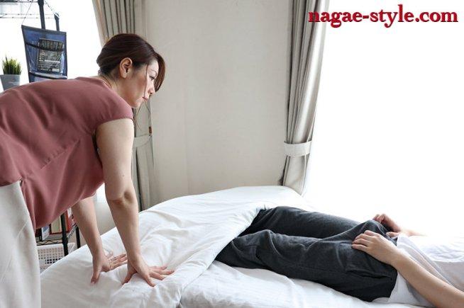 熟母16 ~息子にせがまれ肉体を許した母~ 翔田千里