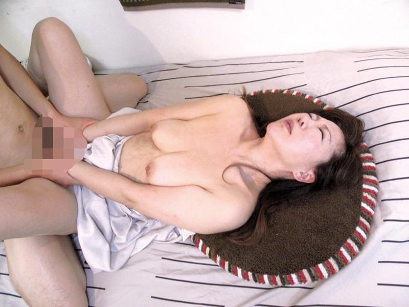 熟れ過ぎた年増熟女の豊潤な肢体13