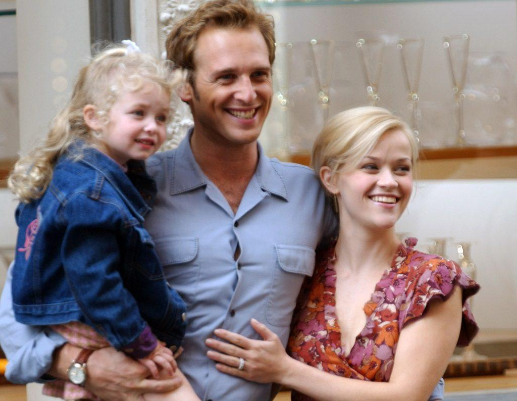 If it's one movie that you absolutely remember dakota. Sweet Home Alabama 2002 Filmaffinity