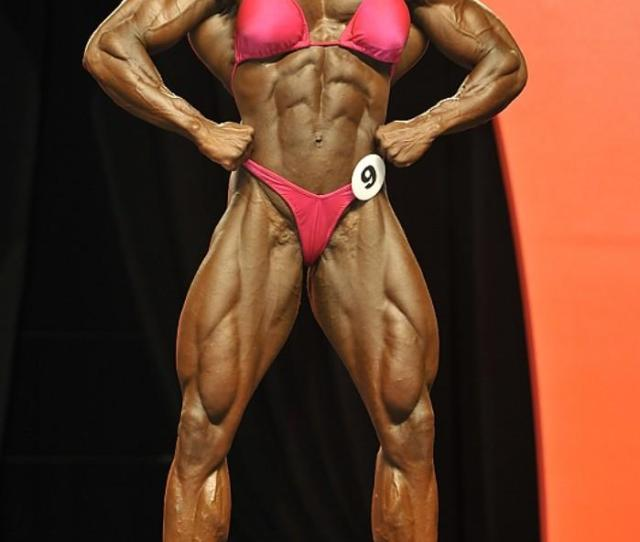Tiny Waist Big Ass Calves Shes Working Both Sides Of The Stage Abs Not As Good At The Past That Could Be By Design
