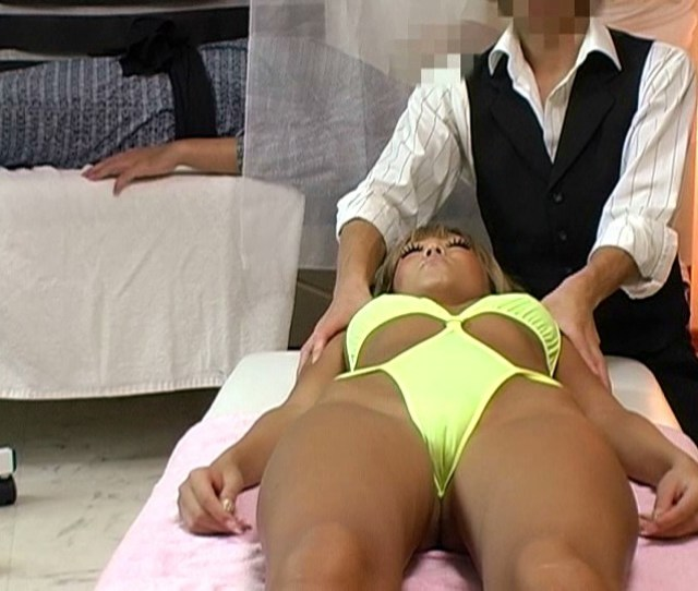 Married Woman Voyeur Massage Parlor Squirting Fingering