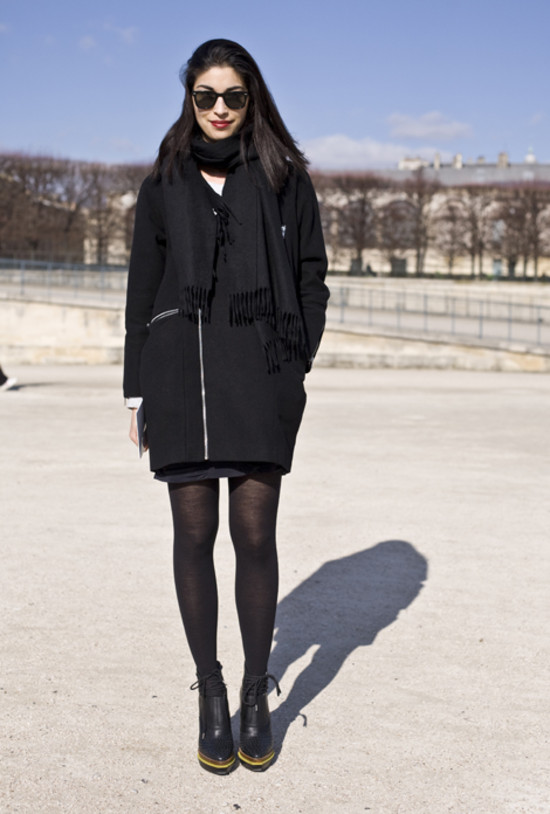 Caroline Issa Black Coat Paris Street Fashion Street