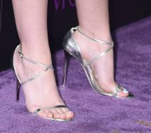 Dakota Fanning Barefoot Related Keywords